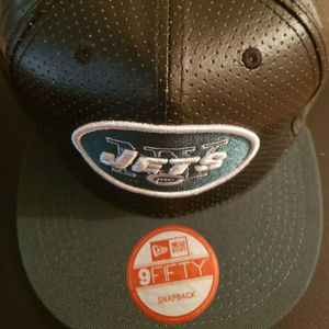 NY Jets Era 9FIFTY Faux Leather Adjustable Hat